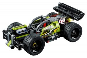 42072 Building Kit with Pull Back Toy Stunt Car